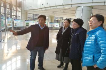 2017年11月25日,国家卫健委疾控局副局长王斌视察精医中心。