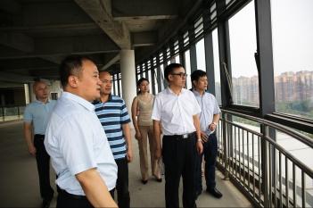 2018年8月25日,中国科学院院士、北京大学第六医院院长、北京大学精神卫生研究所所长陆林到省精神医学中心考察调研。